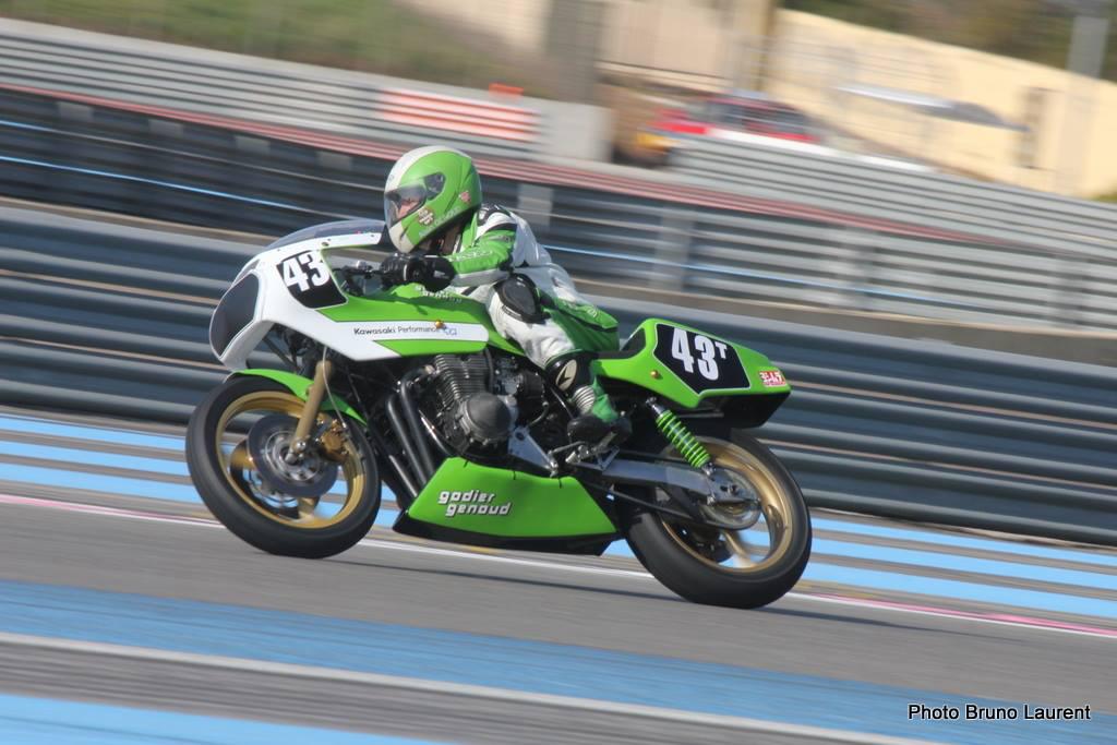Kawasaki-Godier-Genou 1135 cc
