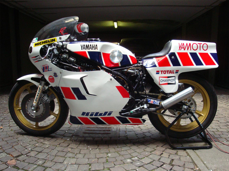 Yamaha-750-TZ-de-Gianfranco-Bonera-du-team